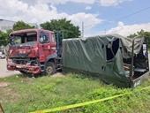 Xe container tông xe tải quân sự, 1 chiến sỹ tử vong