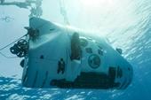 Người phụ nữ đầu tiên lặn xuống vực thẳm Challenger Deep