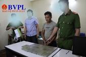 Bắt một đối tượng người Điện Biên mua bán trái phép 17 bánh heroin