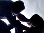 Bé gái bị gã đàn ông 45 hiếp dâm ngay tại nhà rẫy