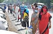 """Ấn Độ loay hoay trong """"vòng xoáy"""" kỷ lục COVID-19"""