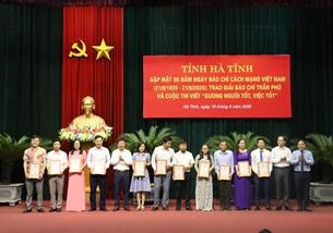 Báo Bảo vệ pháp luật đạt giải báo chí Trần Phú và cuộc thi viết Gương người tốt, việc tốt