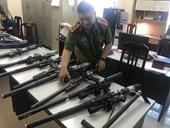 Nhập lậu hàng trăm linh kiện súng săn về   rao bán