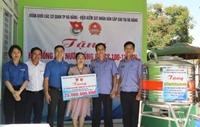 VKSND cấp cao tại Đà Nẵng trao tặng máy lọc nước cho Trường mầm non