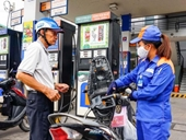 Giá xăng được dự báo tiếp tục tăng vào ngày mai