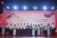 Trao học bổng cho 254 học sinh vượt khó học giỏi