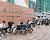 Cuộc cạnh tranh khốc liệt giành tấm vé vào trường chuyên tại Hà Nội