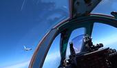 Video chiến đấu cơ NATO theo đuôi máy bay quân sự Nga