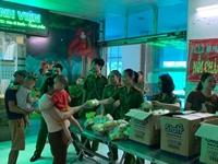 Phụ nữ Công an tỉnh Thái Bình tặng 200 suất quà cho bệnh nhân nhi