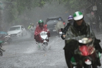 Nhiều nơi ở Bắc Bộ mưa to, Trung Bộ nắng nóng diện rộng