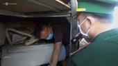 Ba thanh niên chui hầm xe trốn cách ly