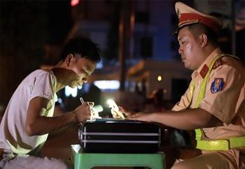 11 vi phạm bị tước bằng lái theo dự thảo luật mới