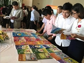 Bộ GD ĐT đề nghị xử lý sách giáo dục bị làm giả