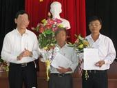 Kỷ luật Phó Chủ tịch huyện khai thêm bằng đại học để lên chức