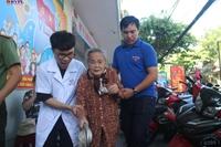 Thăm khám bệnh, cấp phát thuốc miễn phí tri ân ngày Thương binh liệt sĩ 27 7