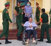 Cựu đại tá quân đội sản xuất xăng giả được giảm án