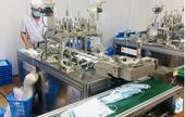 Triệt phá phân xưởng sản xuất hàng chục nghìn khẩu trang không có lớp kháng khuẩn