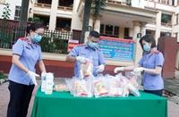 """""""Bữa sáng 0 đồng""""- Chi đoàn VKSND tỉnh Đắk Lắk chung tay chống dịch bệnh"""