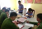 Trực tiếp kiểm sát đột xuất tại Nhà tạm giữ Công an thành phố Lai Châu