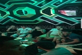 47 nam nữ vui vẻ ca hát trong quán Karaoke Yến Nhi trong mùa dịch COVID-19