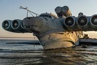 """Cận cảnh bên trong """"Quái vật biển Caspian"""" trưng tại Công viên Patriot"""