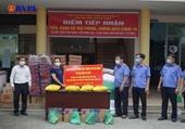 VKSND TP Đà Nẵng tặng 200 suất quà các hộ bị ảnh hưởng bởi dịch COVID-19