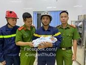 Cảnh sát giải cứu thành công bé sơ sinh bị bỏ rơi giữa khe tường