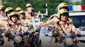 58 nữ CSGT trình diễn kỹ năng chạy xe đặc chủng