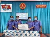 Báo Bảo vệ pháp luật trao tặng khẩu trang y tế cho nhiều đơn vị Viện kiểm sát