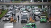 Xử lý 500 tỉ ACV thu phí ô tô vào sân bay như thế nào