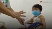 Bé gái 6 tuổi bị thương tích đầy mình do bố đẻ bạo hành