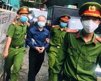Cựu phó Chủ tịch TP HCM Nguyễn Thành Tài hầu tòa