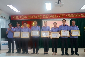VKSND cấp cao tại Đà Nẵng khen thưởng nhiều tập thể, cá nhân có thành tích xuất sắc