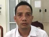 Khởi tố lái xe vượt đèn đỏ, đánh Cảnh sát giao thông Hà Nội