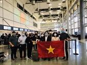 Tiếp tục đưa hơn 340 công dân Việt Nam từ Hoa Kỳ về nước an toàn