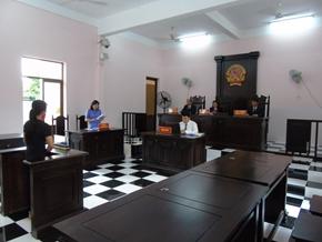 Lãnh đạo VKSND thị xã Gò Công trực tiếp thực hành quyền công tố và kiểm sát xét xử vụ án hình sự