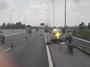 Dừng thay lốp trên cao tốc Hạ Long – Hải Phòng, tài xế xe con bị xe tải tông tử vong