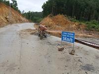Huyện Vân Đồn báo cáo tỉnh Quảng Ninh về tuyến đường gần 78 tỉ đồng bị người dân tố chất lượng kém