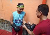 Võ sĩ nhí Nguyễn Trí Dũng đương đầu với ung thư