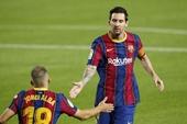 Rilvado  Messi có thể ký thêm hai năm với Barca