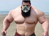 Võ sĩ nặng 175kg, cao 1m80 thách đấu cả thế giới