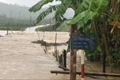 Thủ tướng chỉ đạo tập trung ứng phó mưa lũ lớn tại các tỉnh miền Trung