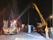 Xe chở 40 công nhân bị lật ở Quảng Ninh, 16 người thương vong