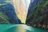 Lên Mã Pí Lèng chèo thuyền kayak, ngắm dòng sông Nho Quế thơ mộng