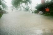 Miền Bắc lạnh sâu hơn, miền Trung ngập chìm trong mưa lũ