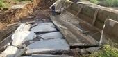 Công trình thủy lợi 119 tỉ đồng vừa sửa xong lại tiếp tục đổ sập, tan nát