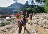 Tang thương bao trùm thôn nhỏ xã Trà Leng