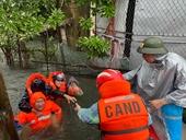 Nghệ An ngập lụt diện rộng, TP Vinh thất thủ
