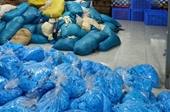 Thu giữ 9,5 tấn găng tay cao su bẩn tại Bắc Ninh