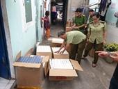 Phát hiện cơ sở tàng trữ hơn 10 000 bao thuốc lá ngoại trôi nổi
